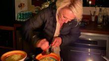 Ana Maria Braga vira piada após jantar à luz de velas