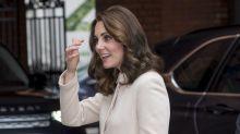 Kate Middleton esconde su pancita de embarazada con este chaquetón
