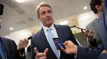 Jeff Flake Says He'll Oppose Trump Judicial Nominees Over Robert Mueller Protection Bill