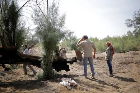 Mexican families dig for disappeared relatives