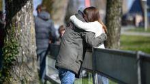 """Covid-19 : les premiers """"laissez-passer"""" vont bientôt être donnés aux couples binationaux séparés par la pandémie"""