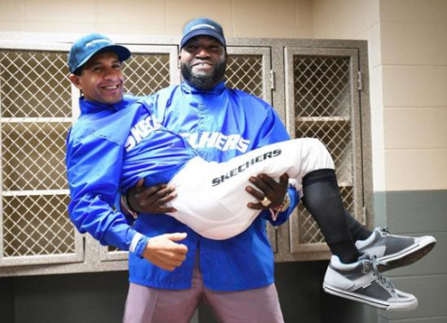 David Ortiz poses with Triple Crown jockey Victor Espinoza (David Ortiz on Instagram)