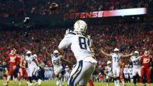 Chargers' gamble results in key win over Chiefs