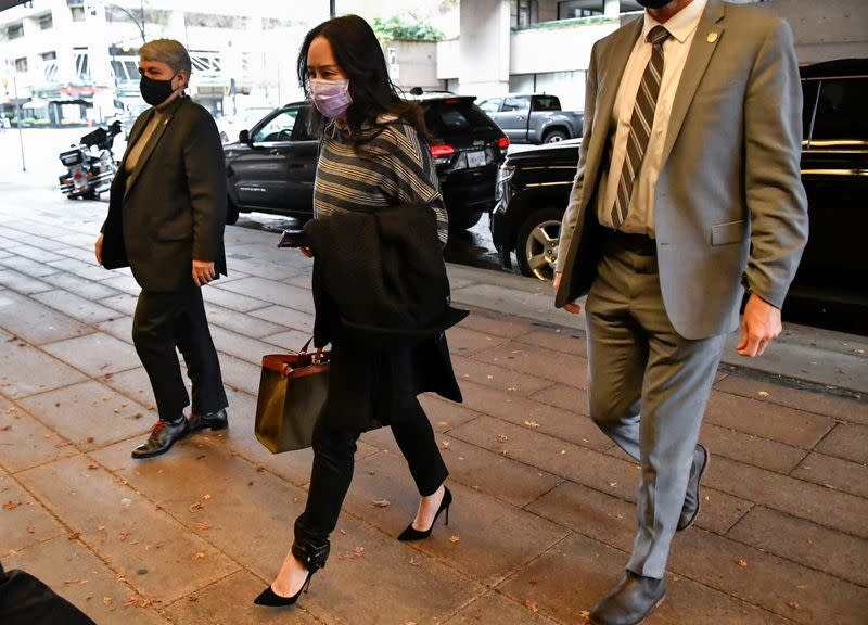 Police officer at Vancouver airport to face questioning in Huawei CFO's U.S. extradition case