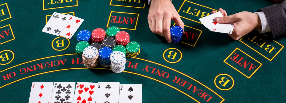Do Insiders Own Lots Of Shares In Las Vegas Sands Corp. (NYSE:LVS)?