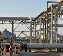 Saudi Arabia, Russia Agree to Extend Production Cuts as Oil Recovers