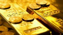 Gold edges lower ahead of Fed rate decision