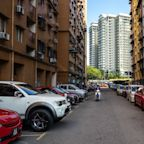 Malaysia Says Easing of Foreigner Property Curb is Temporary