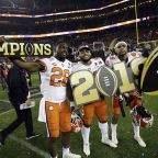 National champions Clemson Tigers to visit White House, receive fast food spread
