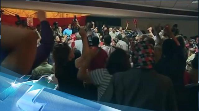 Breaking News Headlines: Egypt: Protesters Gather to Demand Morsi's Ouster