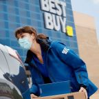 Best Buy Tops Third-Quarter Views But Skips Holiday-Quarter Outlook