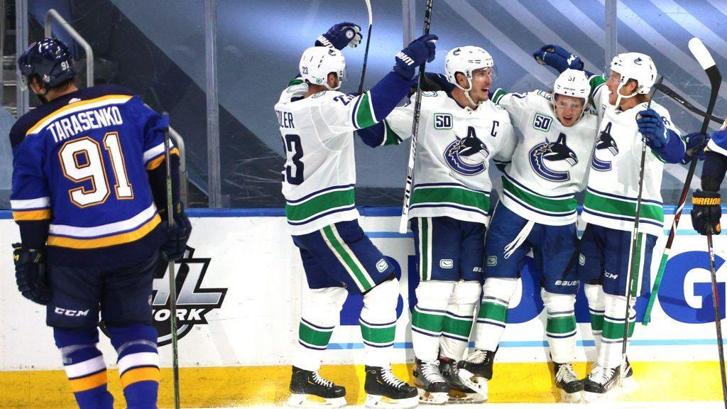 Canucks never trail, beat Blues 5-2 in Game 1