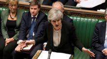 ¿Se acabó el tiempo, Theresa? May es instada a programar su salida para lograr acuerdo del Brexit