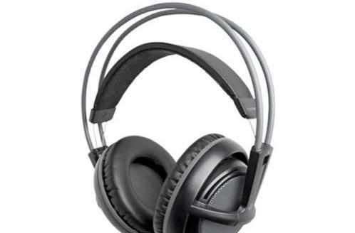 New SteelSeries gaming headsets come to CeBIT, now iPhone compatible