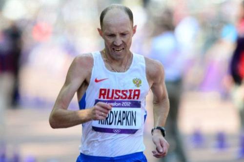 El ruso Kirdiapkin, en un momento de los 50 km marcha