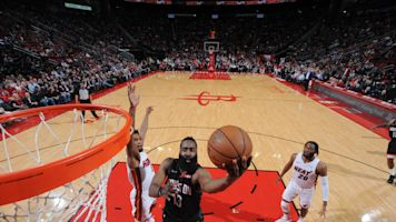 a8090eb56 Harden scores 58 points