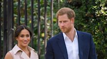 Meghan Markle and Prince Harry Help Couple Struggling to Take Selfie on Hike in Canada