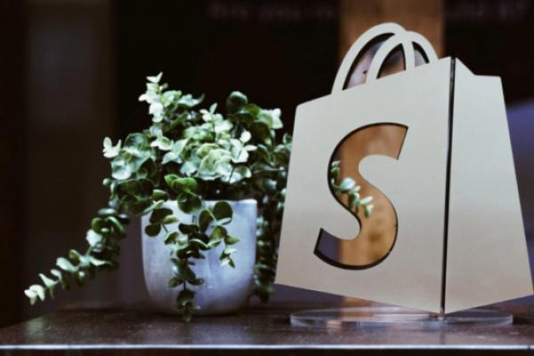 Will Shopify Stock Reach $2,000 By 2022?