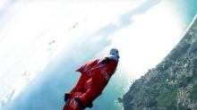 British Daredevil Aims to Break 4 World Records in Wingsuit Jumps