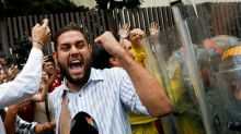 Máximo tribunal de Venezuela suspende decisión contra directiva de partido opositor