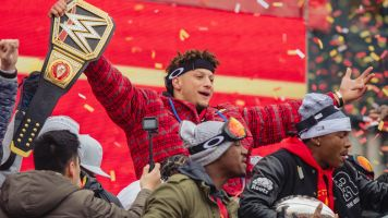 Mahomes drops hype video: 'Chasing a dynasty'