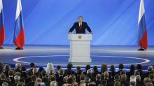 Qu'espère Poutine des réformes constitutionnelles et de son Premier ministre?