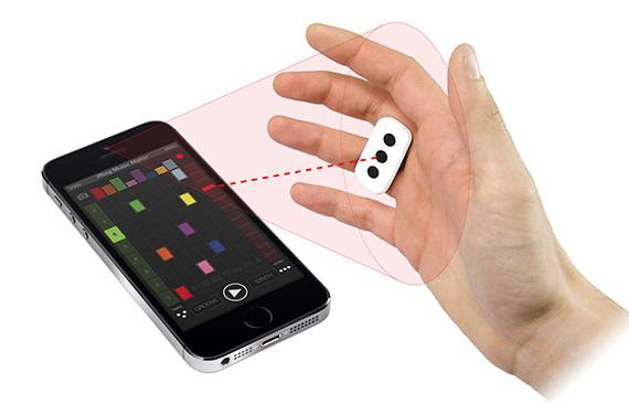 iRing adds gesture-control capability to iOS music apps (video)