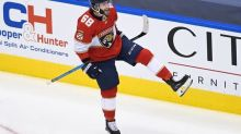 Panthers avoid elimination, beat Islanders 3-2 in Game 3