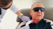 Galvão Bueno mostra tratamento contra edema nas cordas vocais