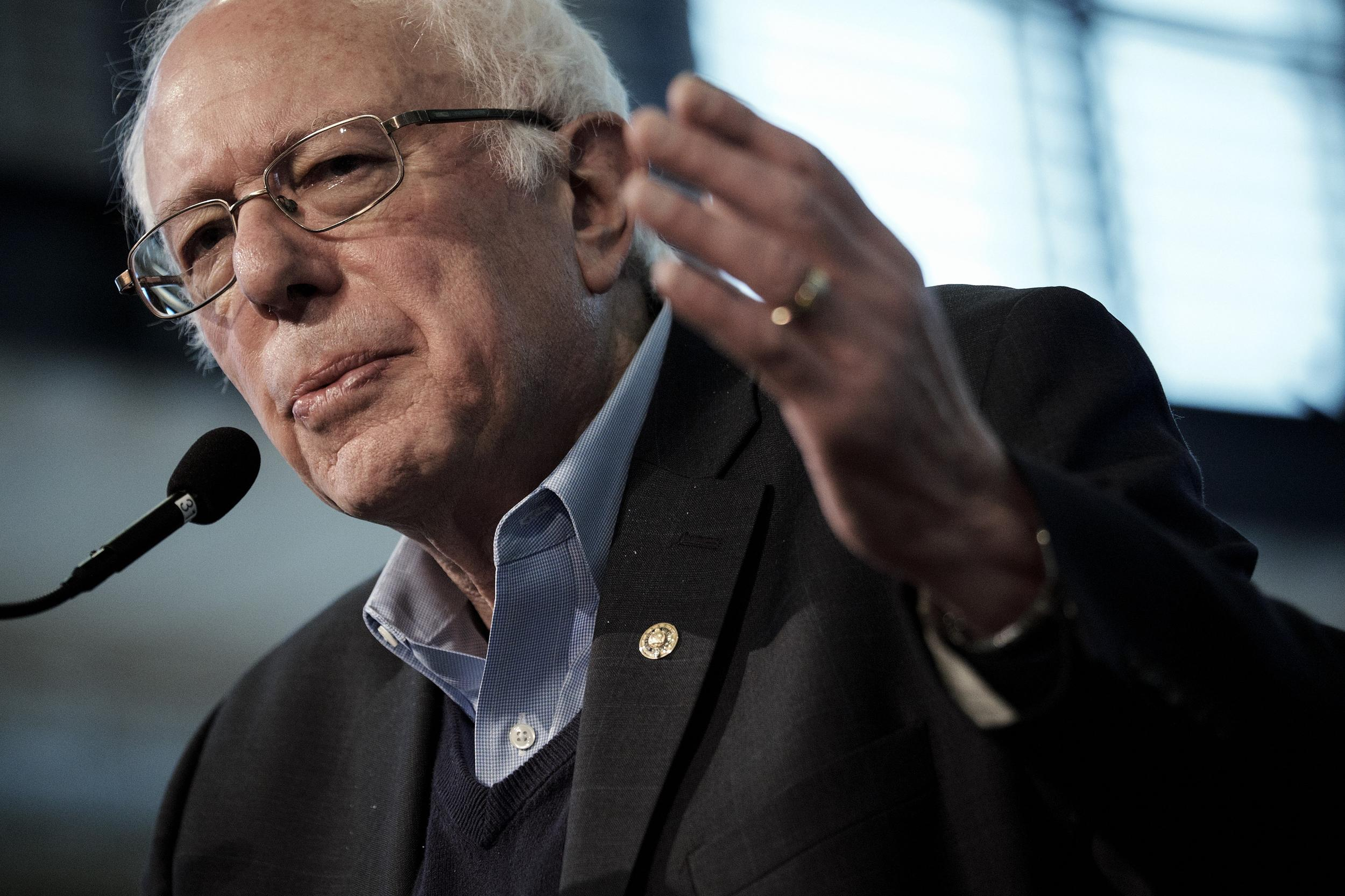 Senator Bernie Sanders, an independent from Vermont and 2016 Democratic presidential candidate, speaks during an event in Iowa Falls, Iowa, U.S., on Monday, Jan. 25, 2016. With a week to go until the Iowa caucuses and the Democratic presidential race there in a virtual dead heat, Hillary Clinton and Sanders are mapping out divergent paths toward winning the first votes of the nomination process. Photographer: T.J. Kirkpatrick/Bloomberg via Getty Images