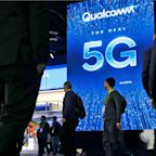 Qualcomm's X55 modem will help make 5G phones a practical reality