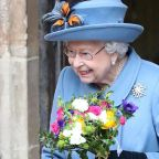 How to Send a Message of Condolence to Queen Elizabeth That She & Her Family Might Actually Get to Read