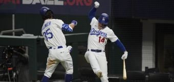 Dramatic home run sends Dodgers to World Series