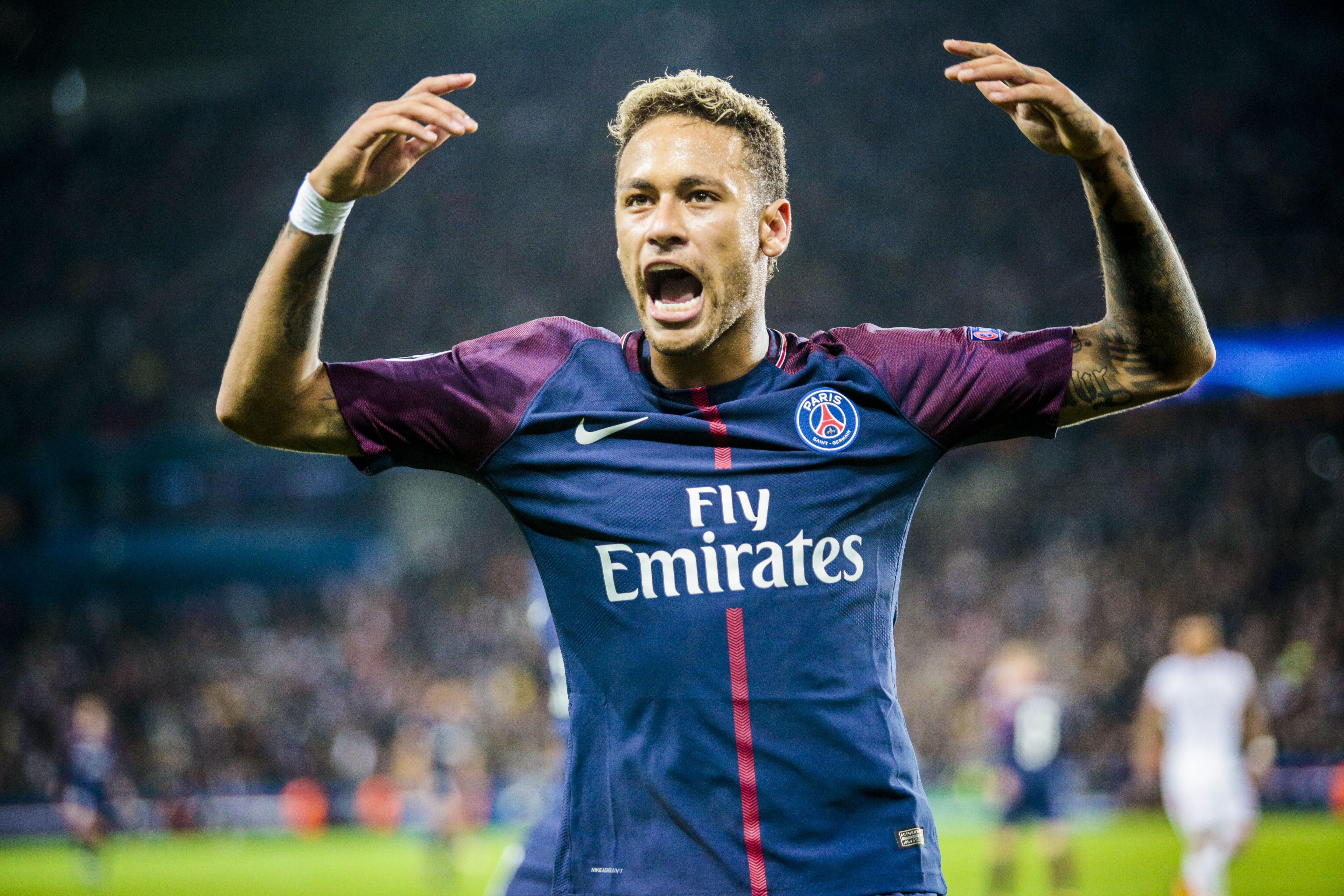 neymar 39 s psg problems uncovered. Black Bedroom Furniture Sets. Home Design Ideas