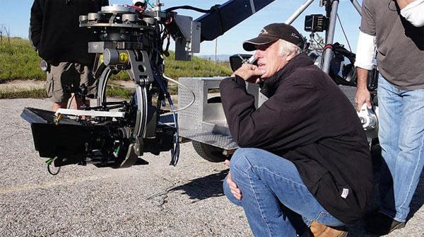'True Grit' cinematographer Roger Deakins makes jump to digital cameras