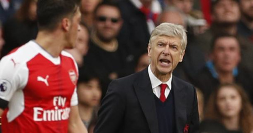 Foot - ANG - Arsenal - Selon Mesut Özil, Arsène Wenger «mérite qu'on le respecte»