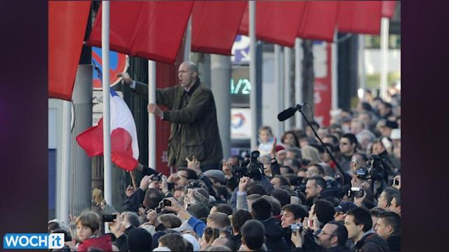 France's Hollande Booed At Tribute To Fallen WWI Soldiers