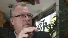 """El periodista estadounidense Jon Lee Anderson teme una """"fisura"""" si gana Bolsonaro"""