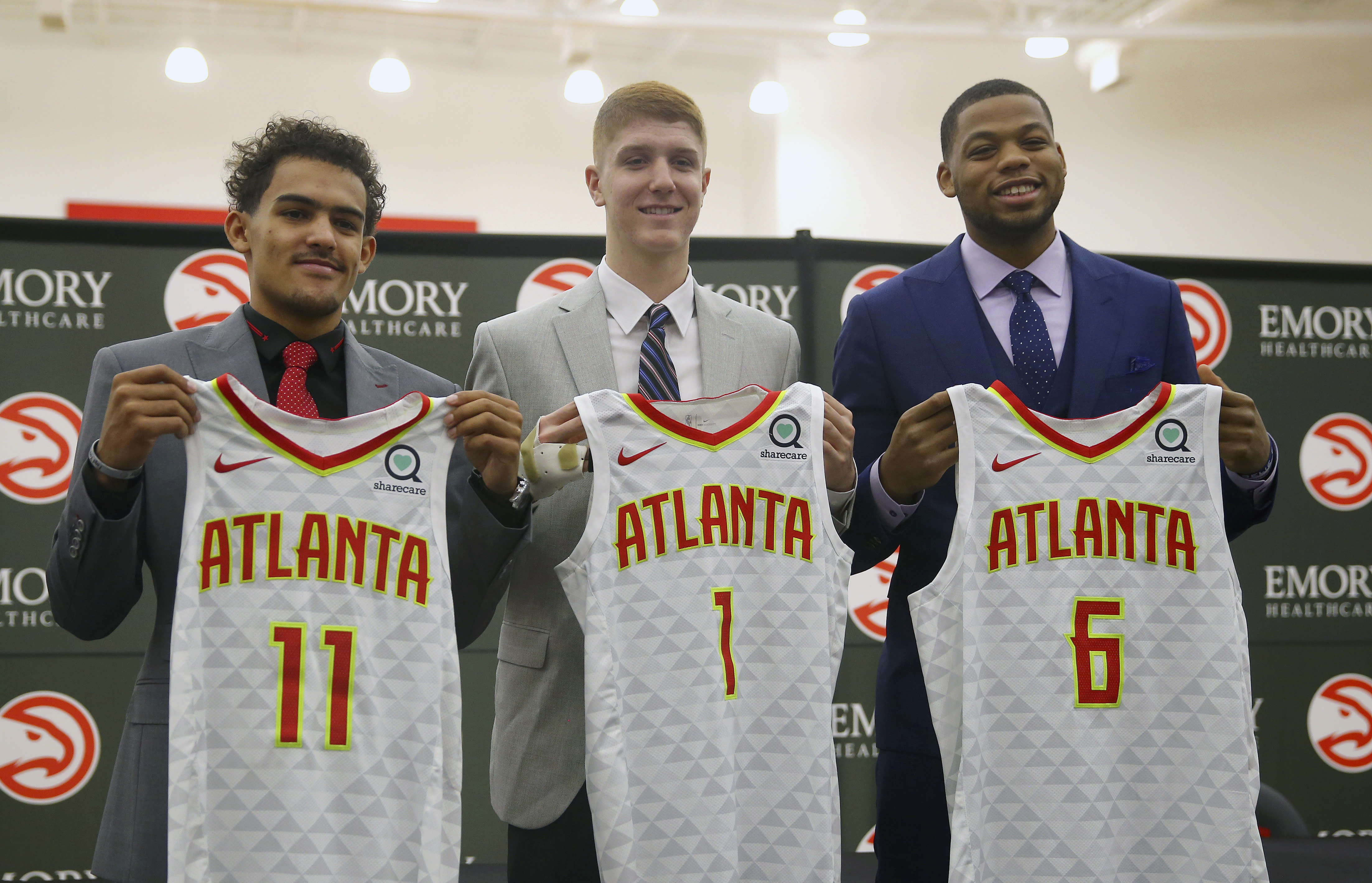 Hawks hope to remake themselves into the Warriors 47d90909b