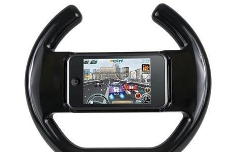What CTA's iPhone steering wheel lacks in style, it also lacks in convenience