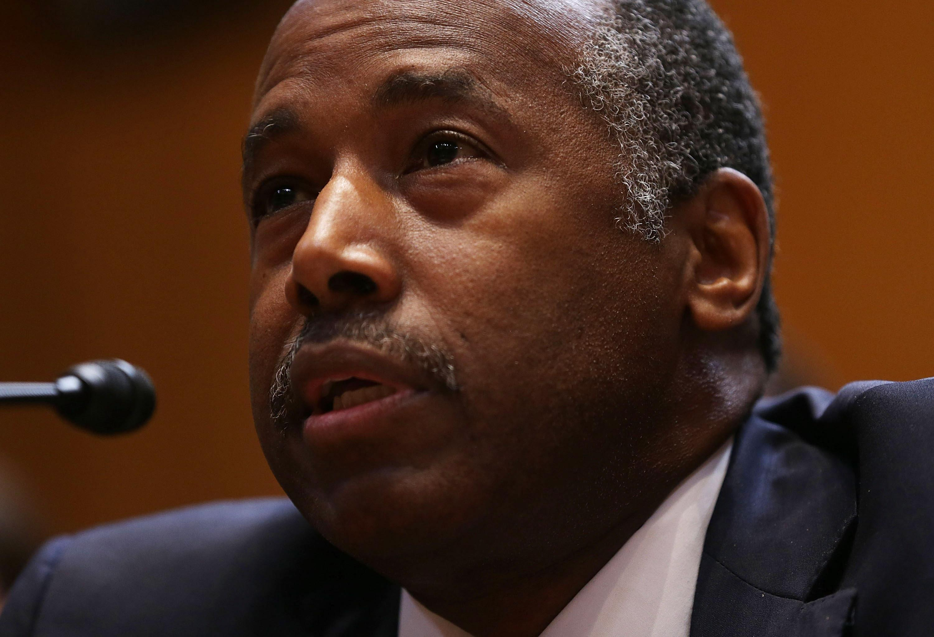 Ben Carson Breaks With President Trump and Endorses Roy Moore in Alabama Senate Race