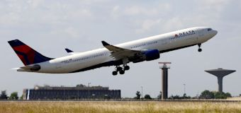 Delta sets new rules for bringing pets onboard