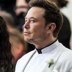 Elon Musk's Girlfriend Grimes Deletes Tweet Calling Tesla Union-Busting 'Fake News'