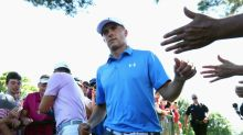 Spieth storms into early lead at PGA Travelers Championship
