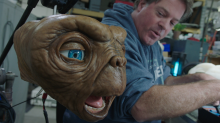 Behind the scenes making of E.T. for the Sky Christmas sd
