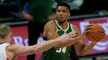 Giannis Antetokounmpo shakes off free-throw struggles to lead Bucks over Mavs