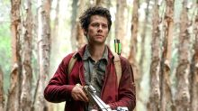 Quién es Dylan O'Brien, el protagonista de la película de monstruos que arrasa en Netflix