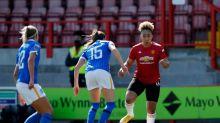 Soccer-Lauren James makes switch from Man Utd to Chelsea