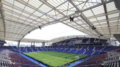 Foot - C1 - Ligue des champions: la finale à Porto se précise