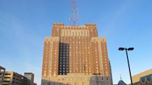Marcus to close Hilton, St. Kate, but will leave The Pfister open during coronavirus pandemic